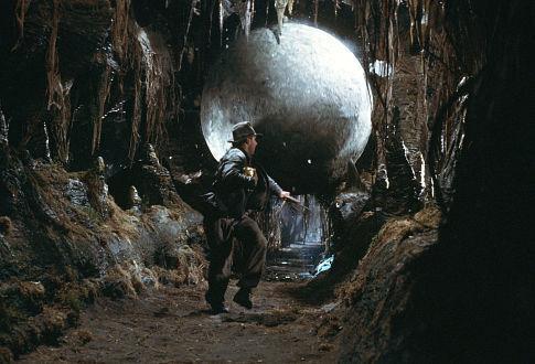 Indiana-jones-boulder-chase-scenes-1980s-80s1
